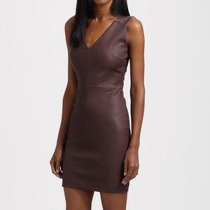 💘Robert Rodriguez Leather Suede V-Neck Dress